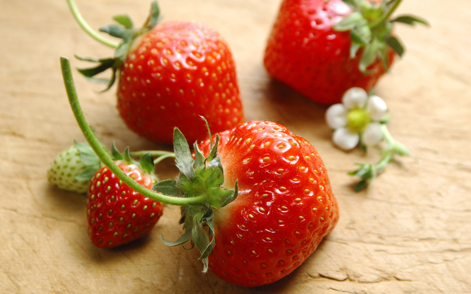 High-definition material Strawberry 2353