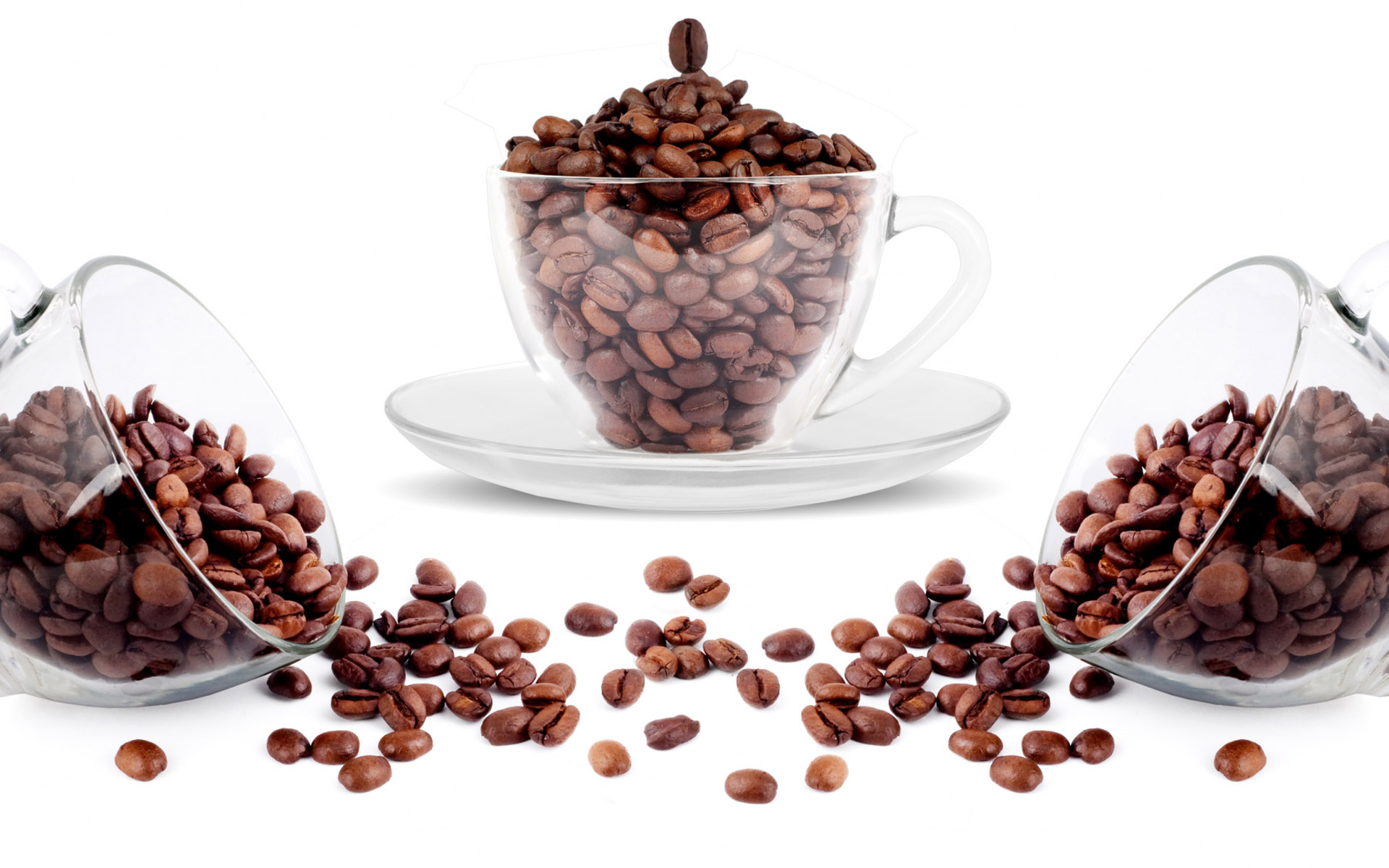 Coffee and coffee beans close-up 15421