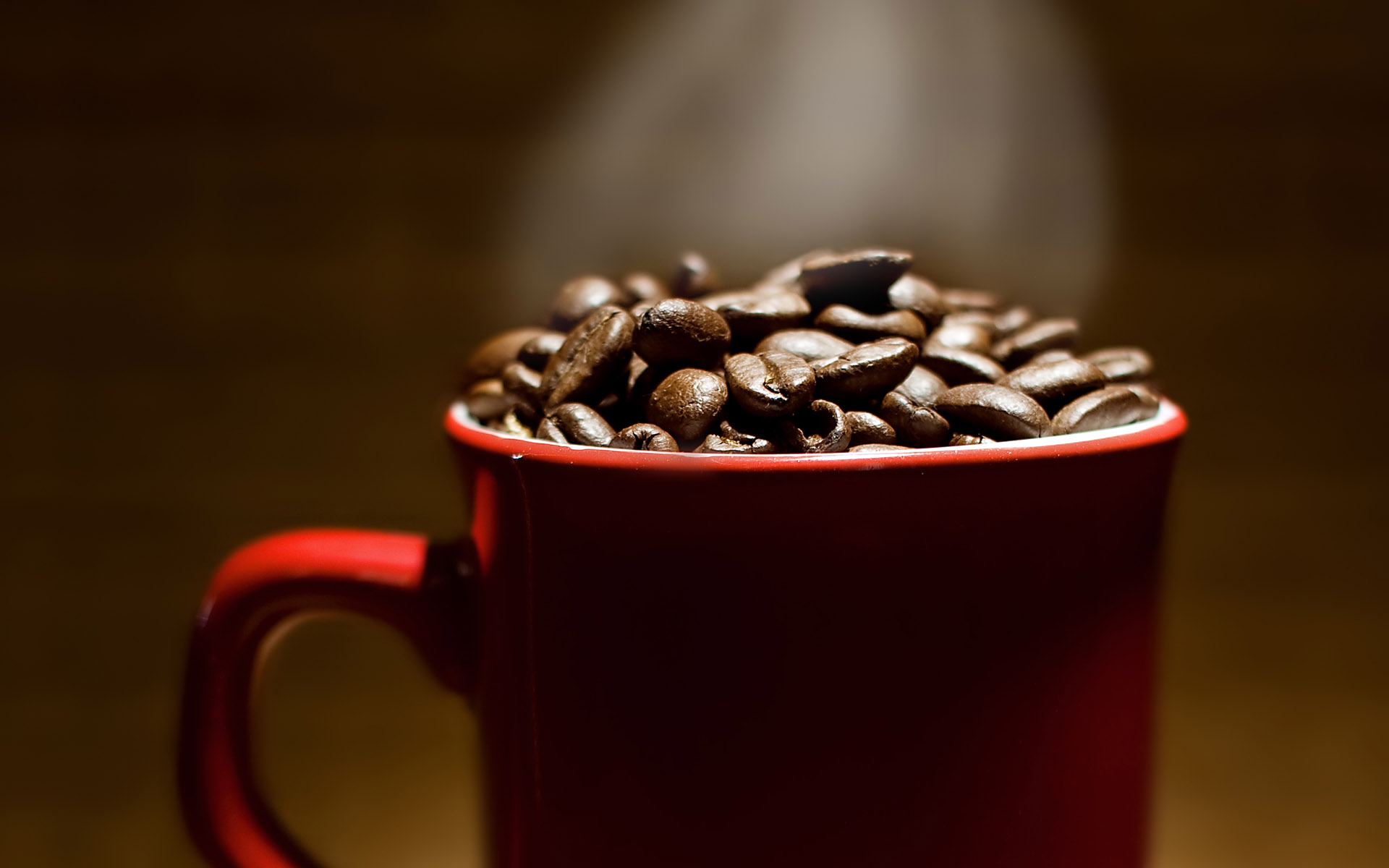 Coffee and coffee beans close-up 16376