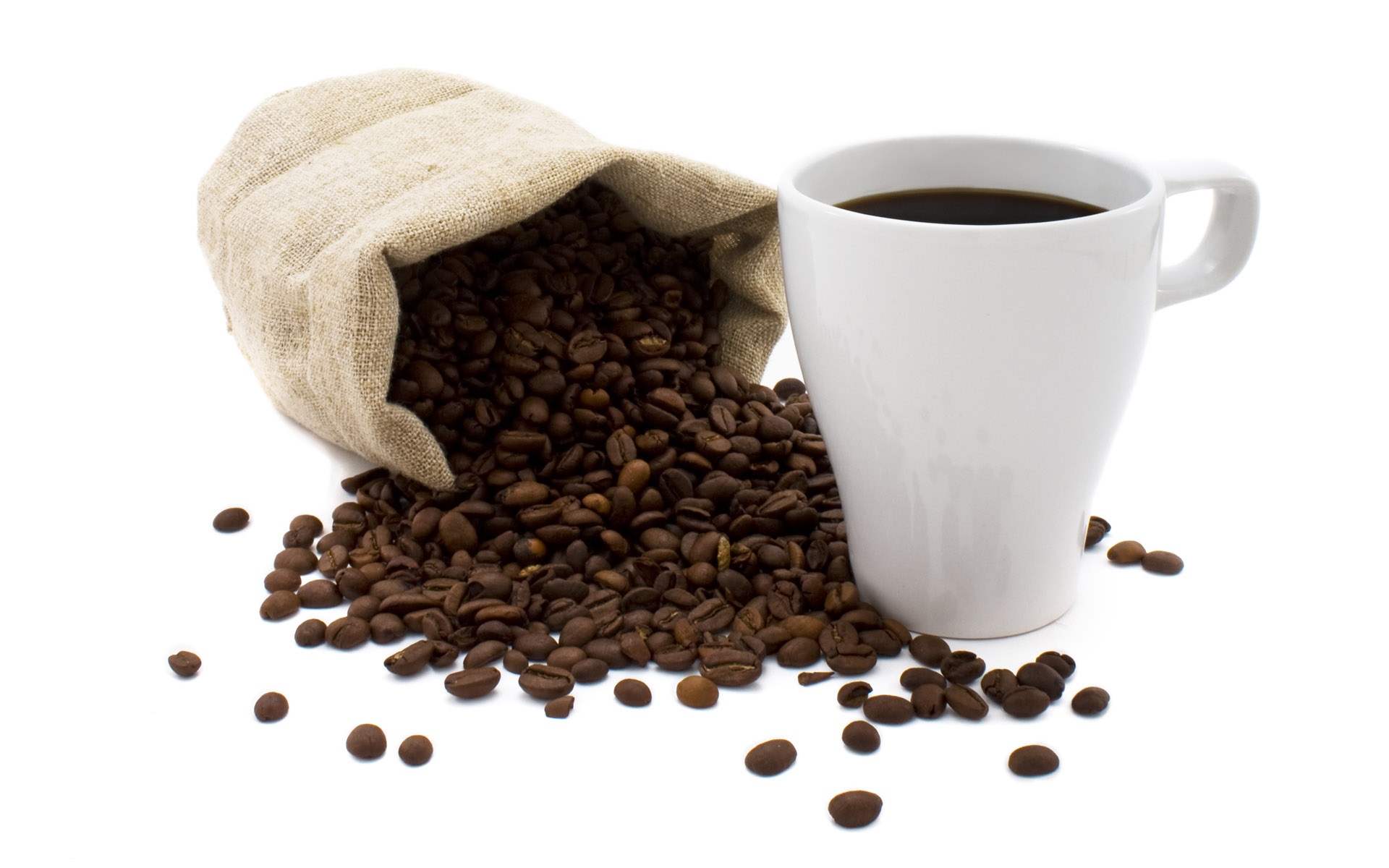Coffee and coffee beans close-up 16552