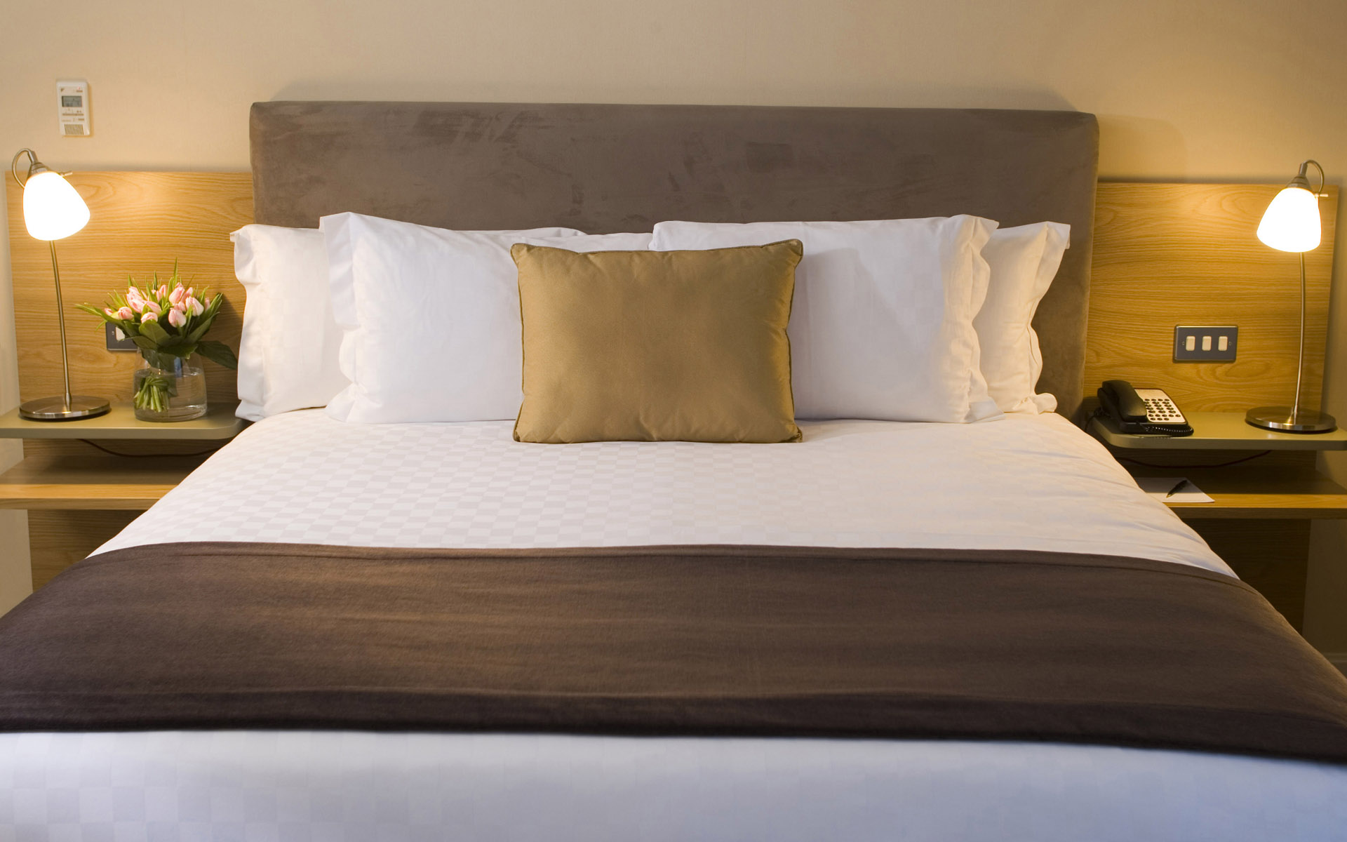 Hd Home Bed Pictures : HD Photo bedroom 22155 - Indoor Home - Still Life. Download HD Photo ...
