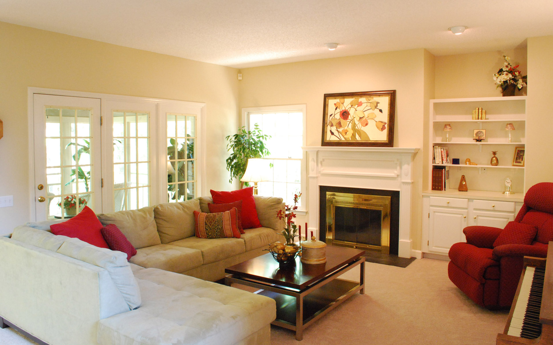 Western-style home fireplace 23122