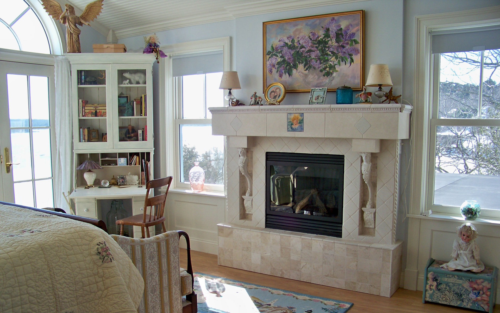 Western-style home fireplace 23174