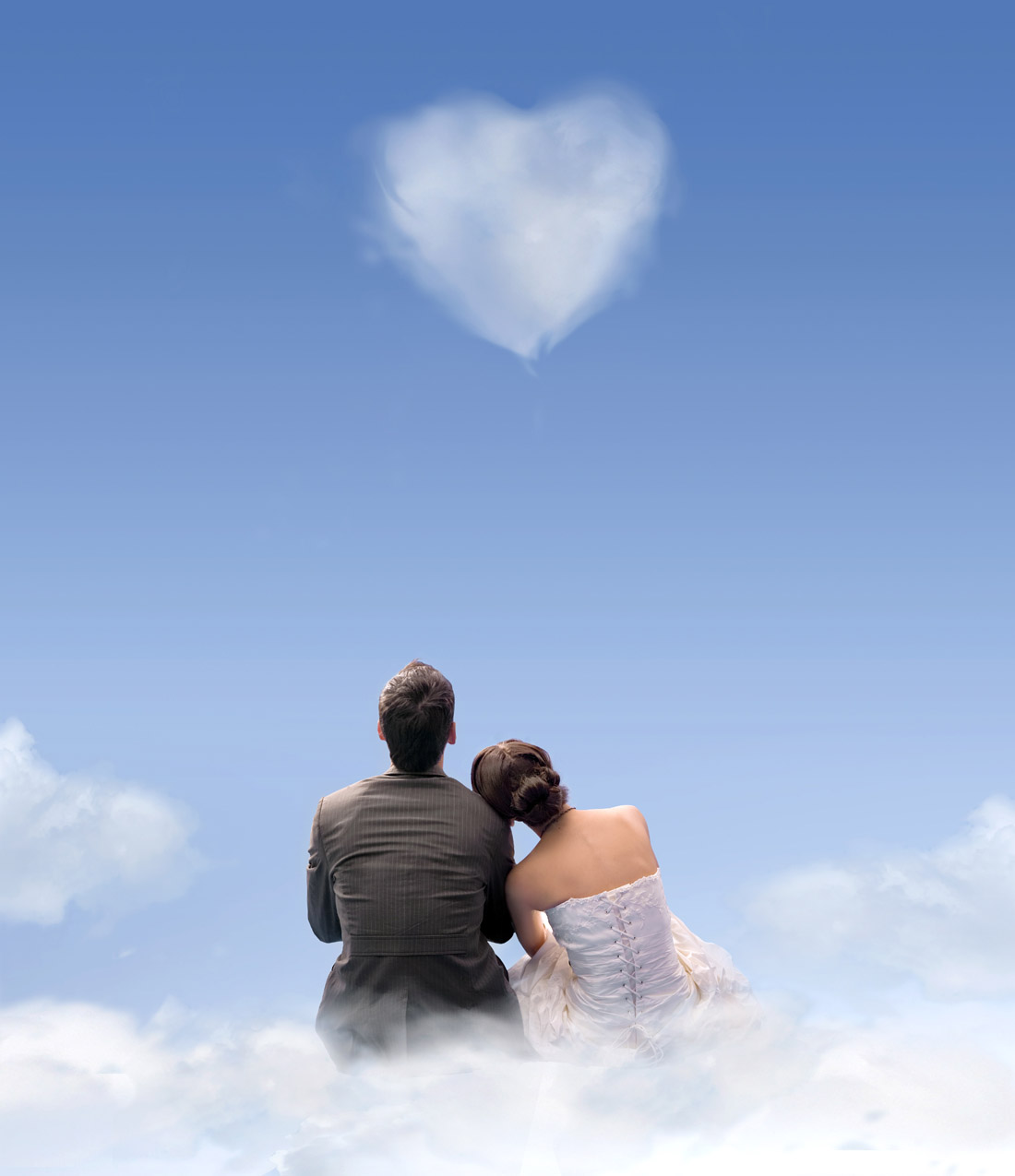 Romantic heart-shaped clouds 16615