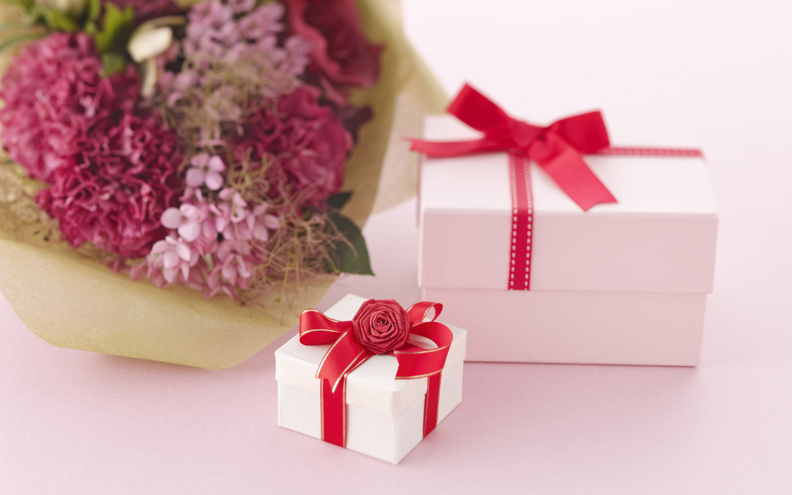 online flowers and gift delivery fro Withlovenregards