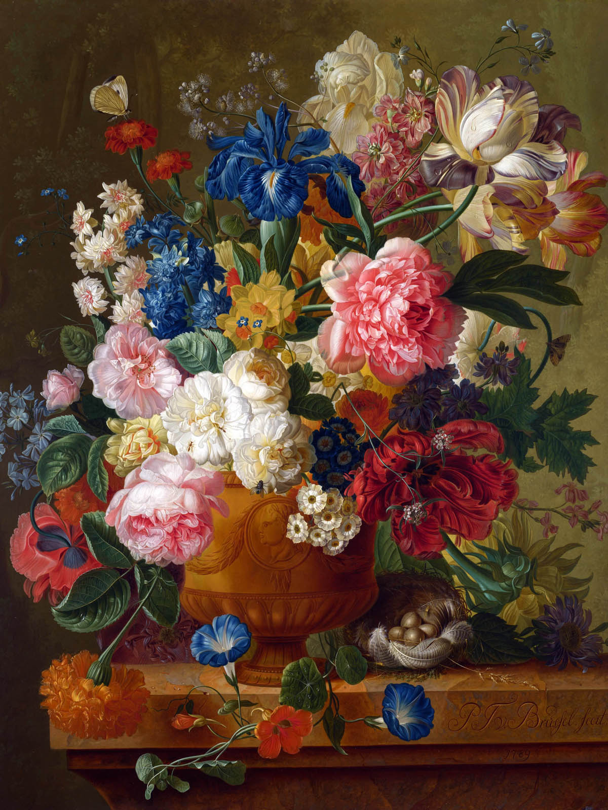 Appreciate the hand-painted flowers 1240