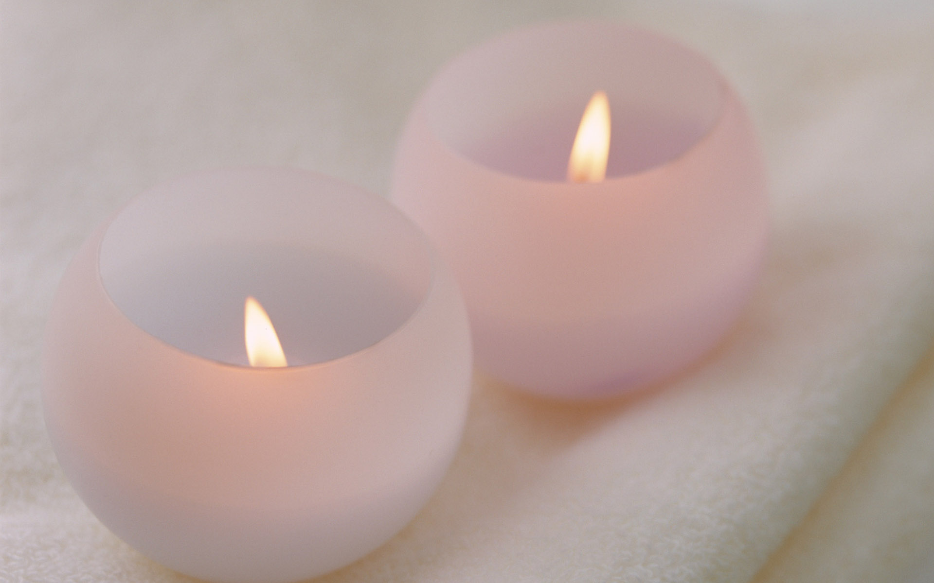 Candle wallpaper 11051
