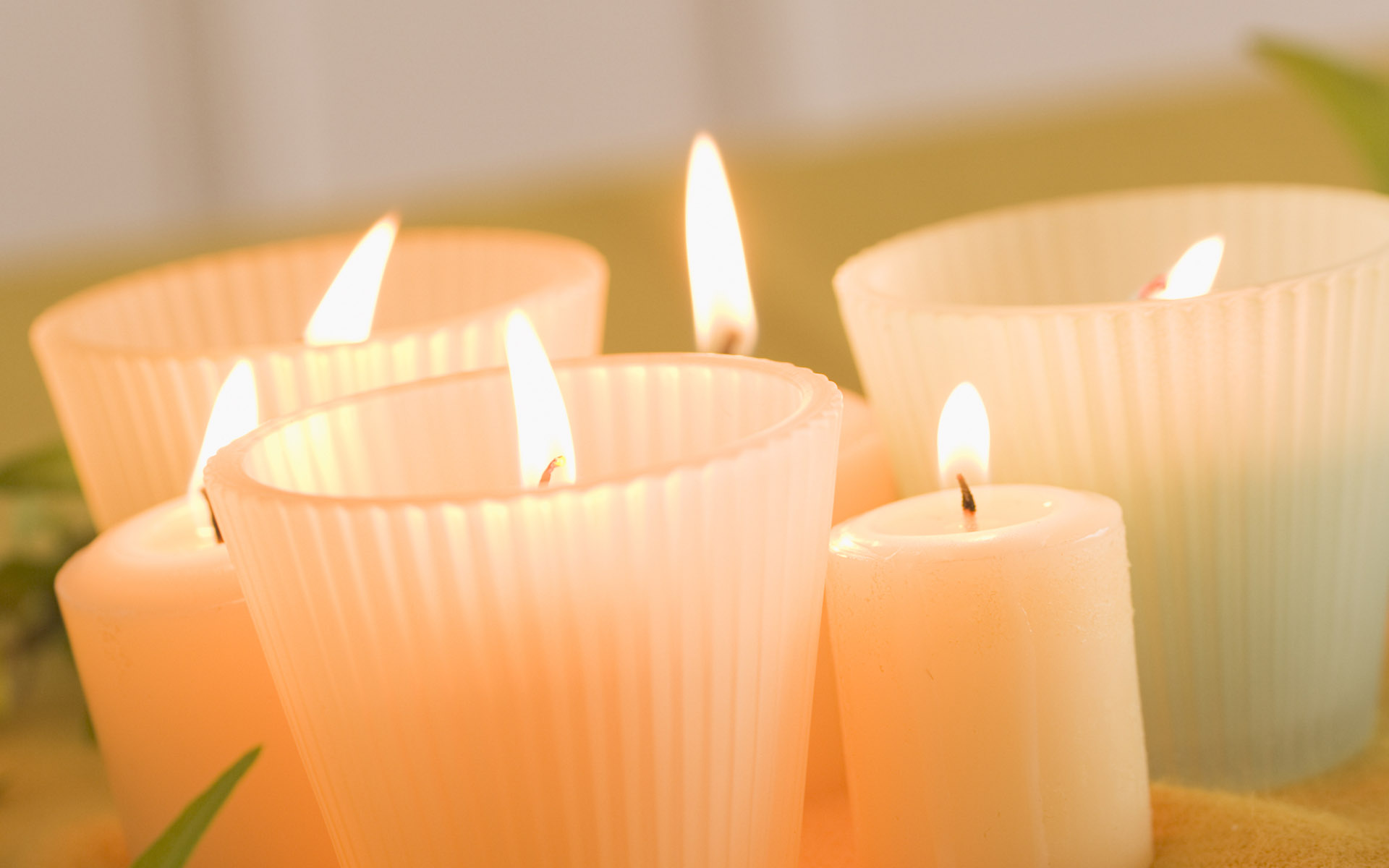 Candle wallpaper 12452