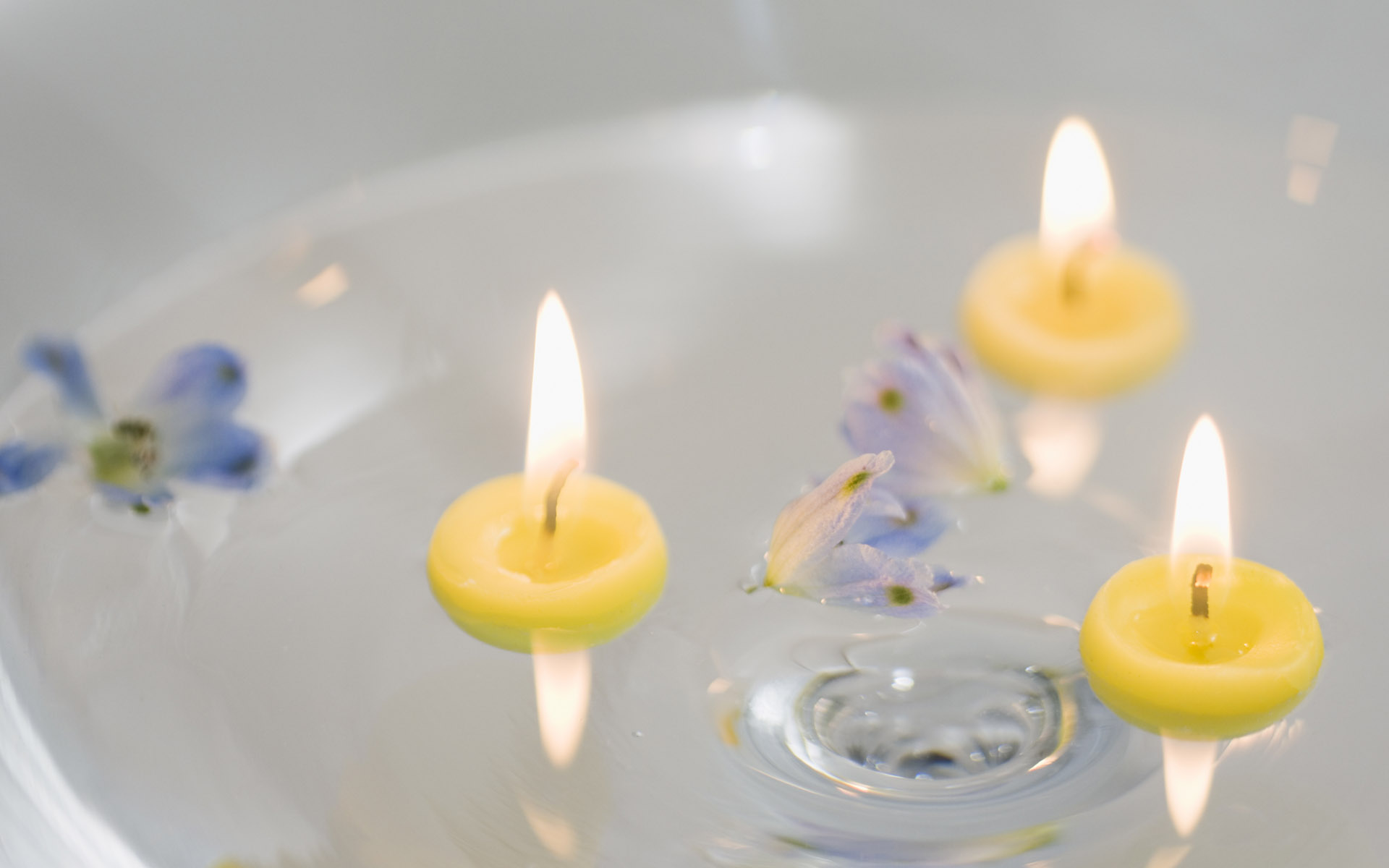 Candle wallpaper 14045