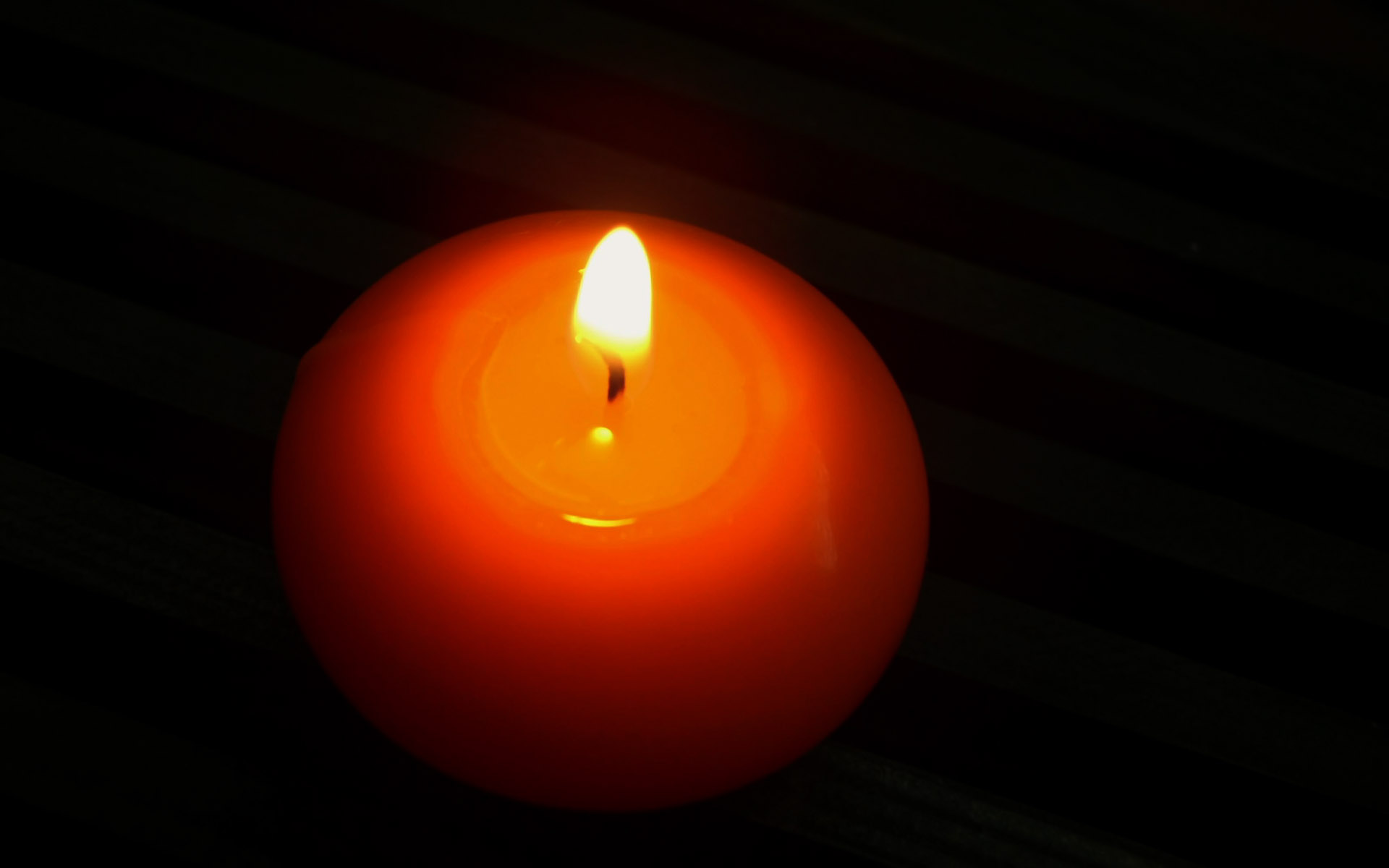 Candle wallpaper 2769