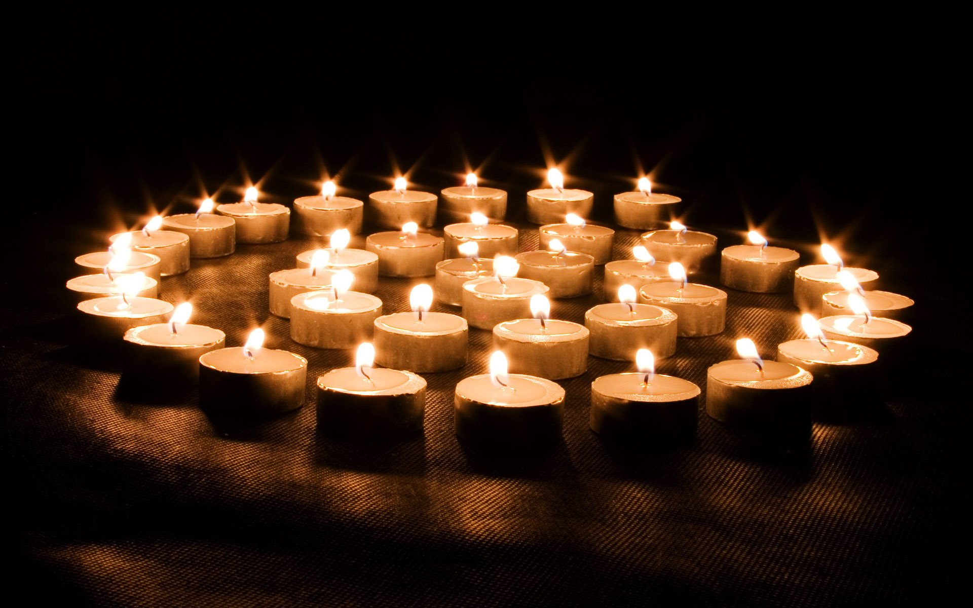 Candle wallpaper 3411