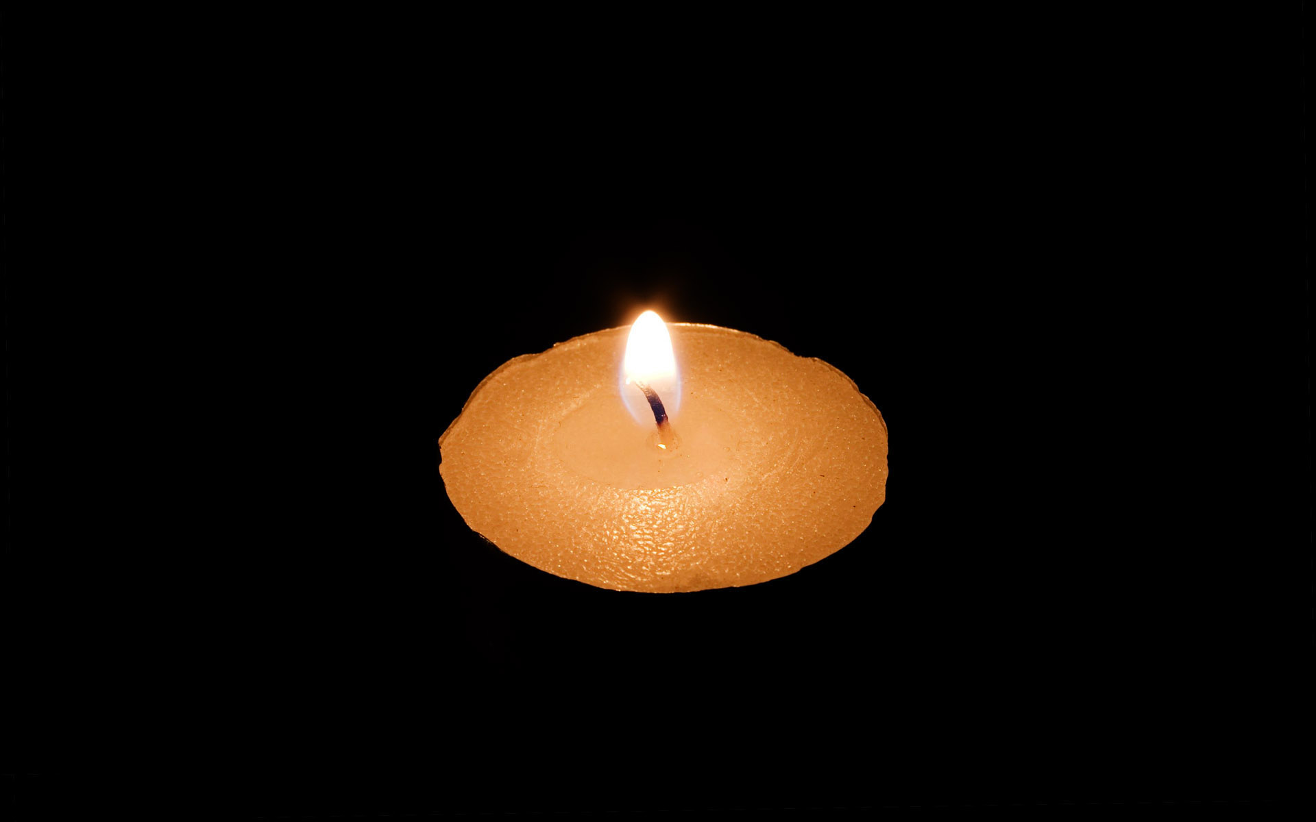 Candle wallpaper 7874