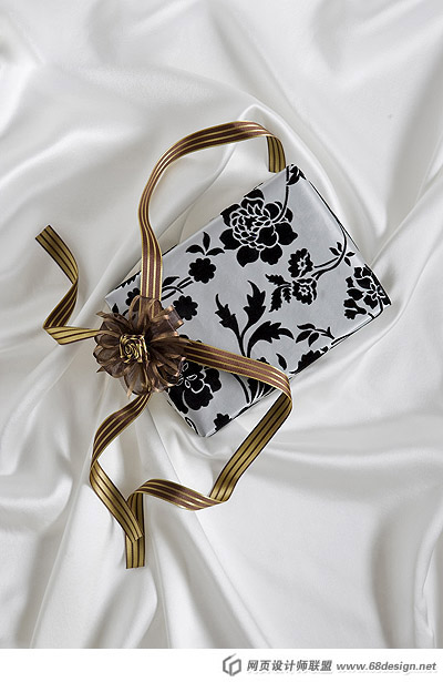 Fashion gift packaging material 14942