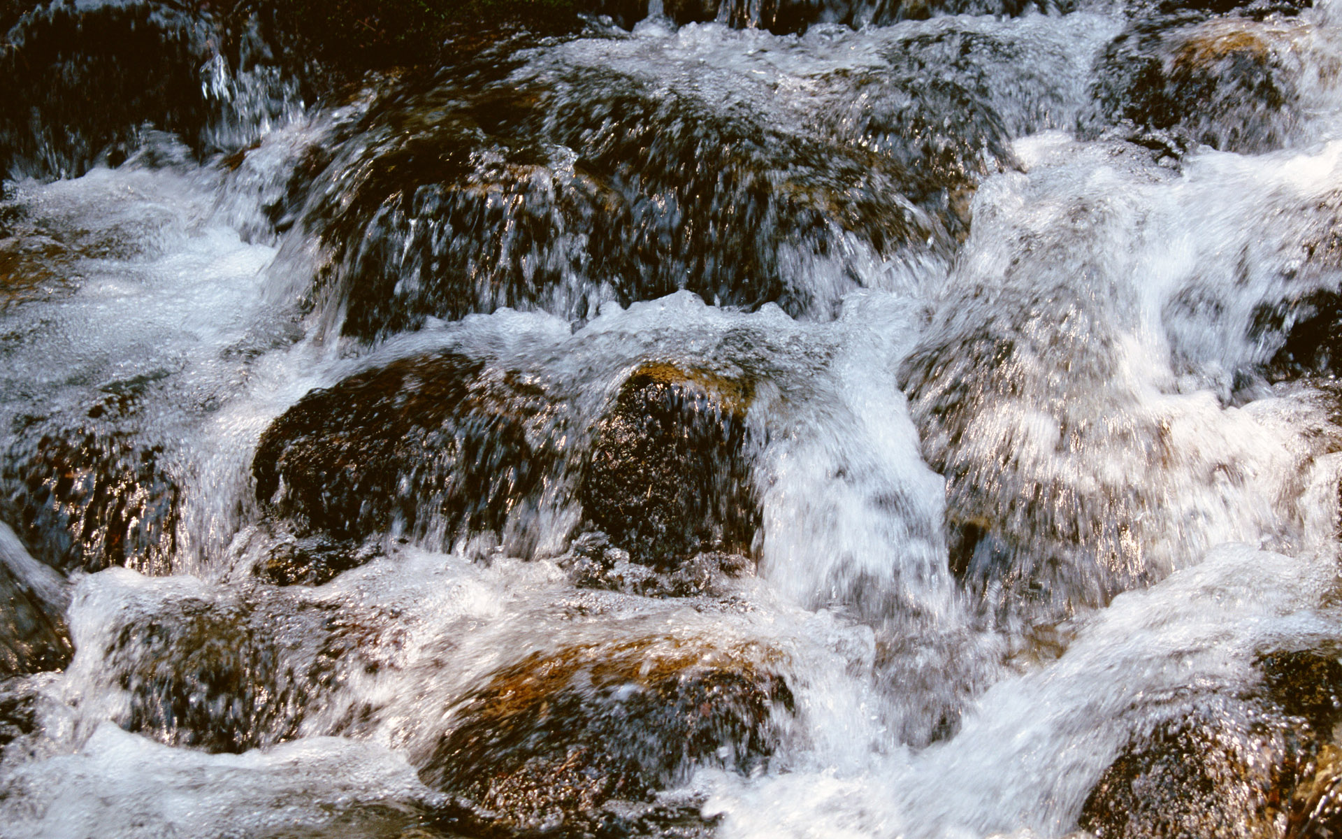 Waterfalls, streams, 5043