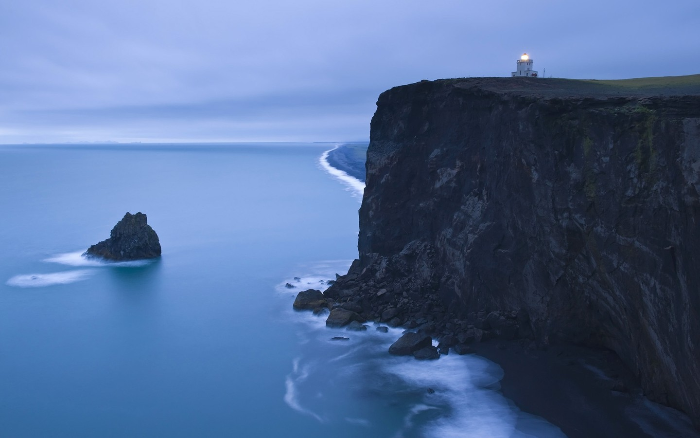 Iceland Dyrh & #; laey Lighthouse 30032