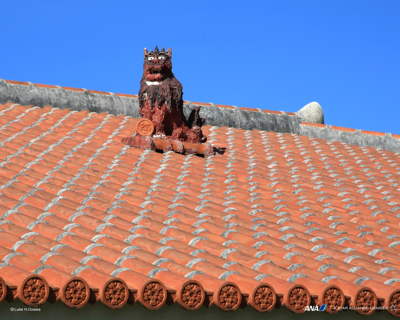 Roof ornament of Okinawa 30201