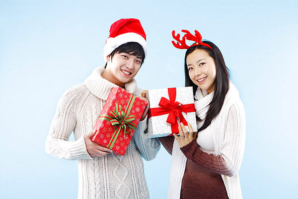 Festive romantic couples 16540