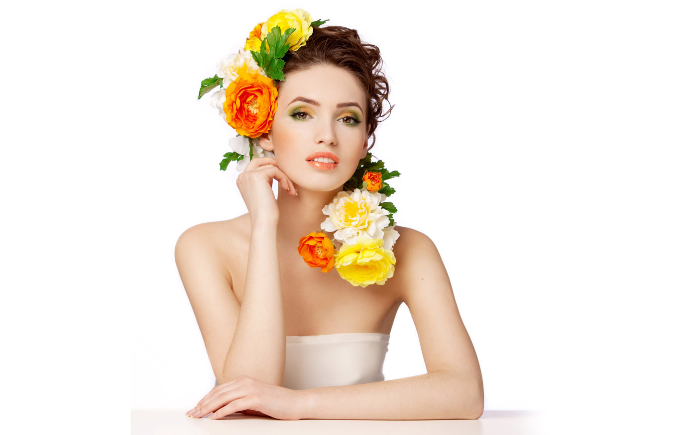Woman with flowers 25871