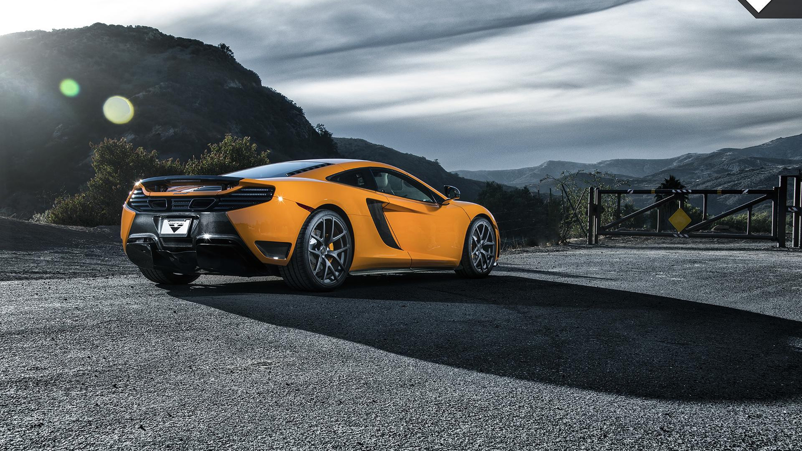 McLaren supercar wallpaper download 49766