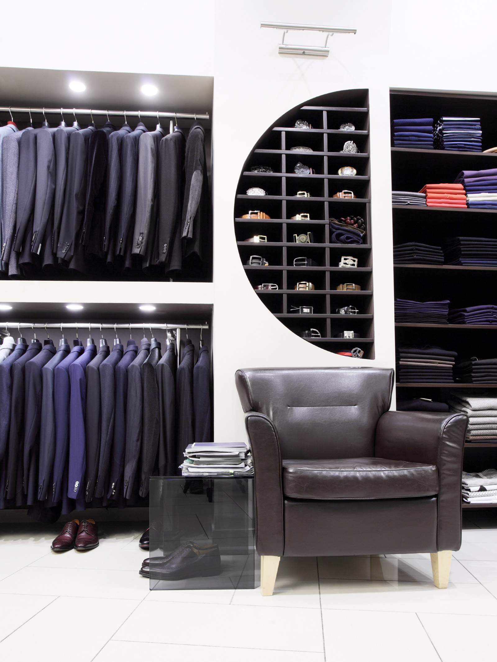 Men's clothing store interior furnishings 50036