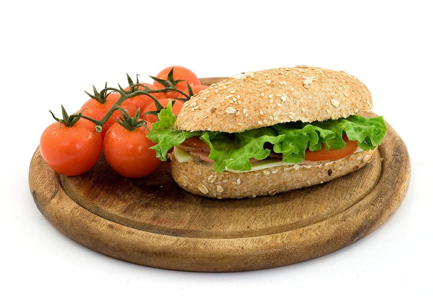 And tomato sandwich on a cutting board 50135