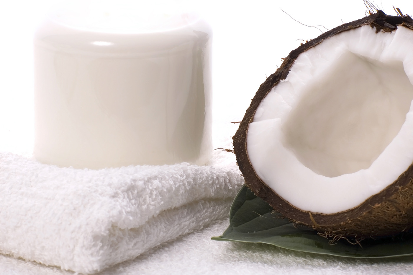 Open coconut shell 50163