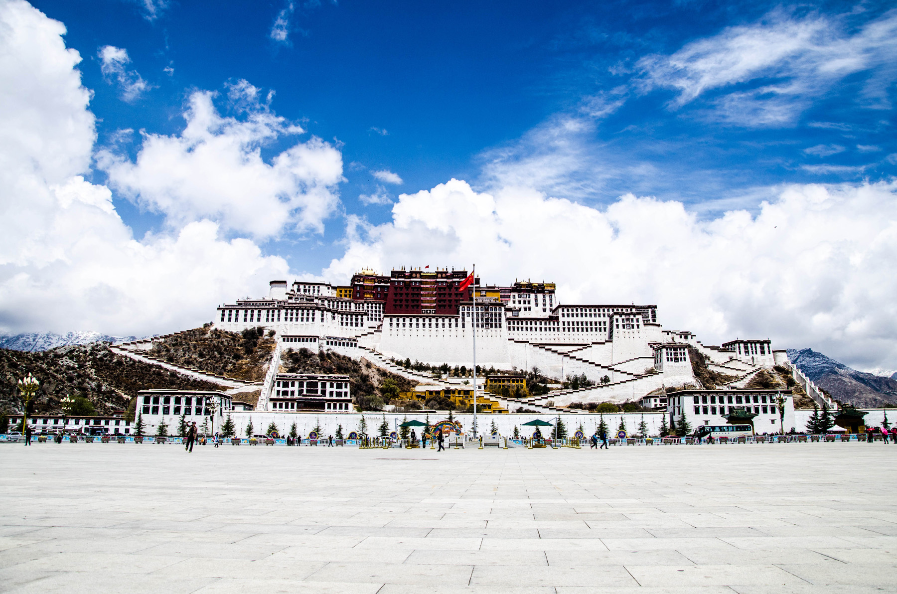 Potala Palace, under the blue sky 50764