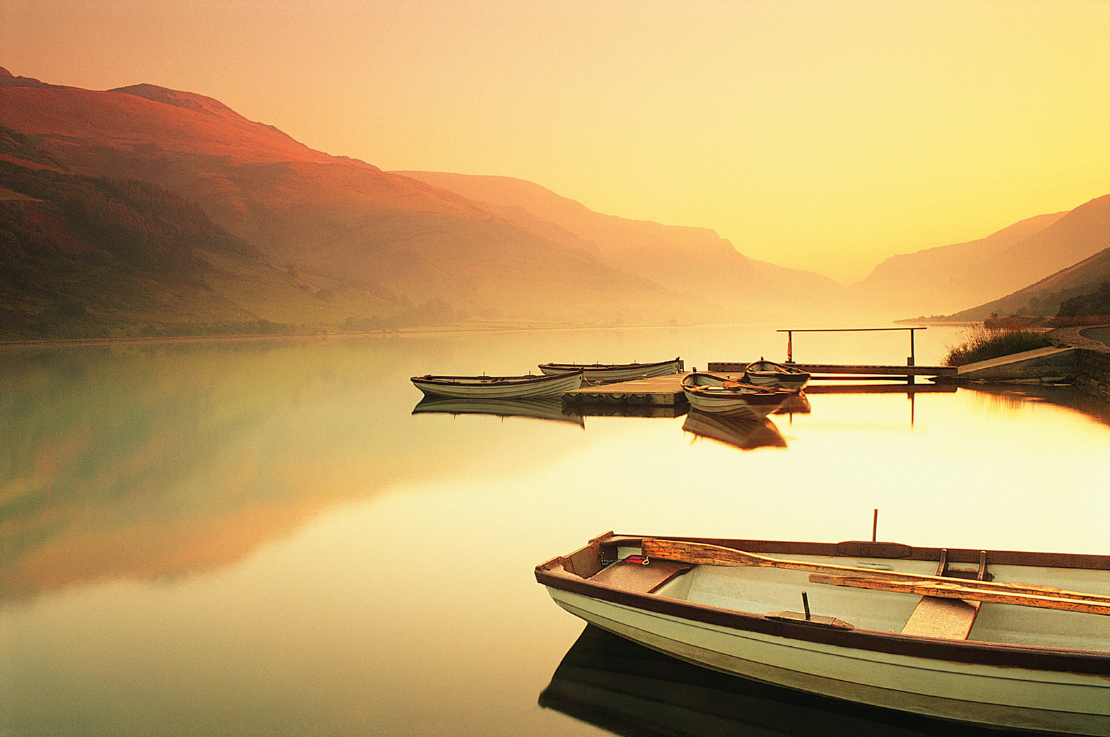 Tranquil lakes 51295