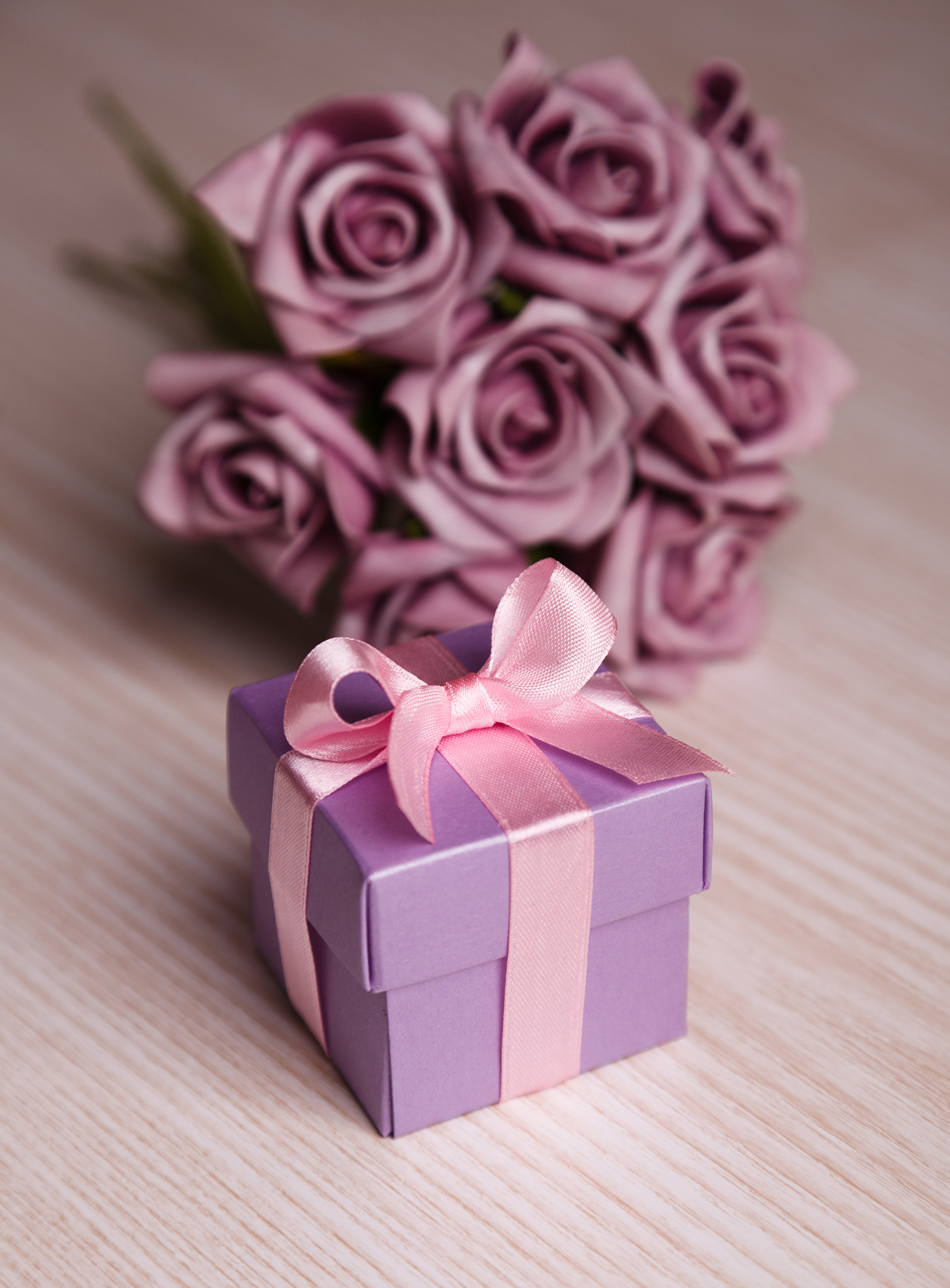Gift wrapped in purple 51456