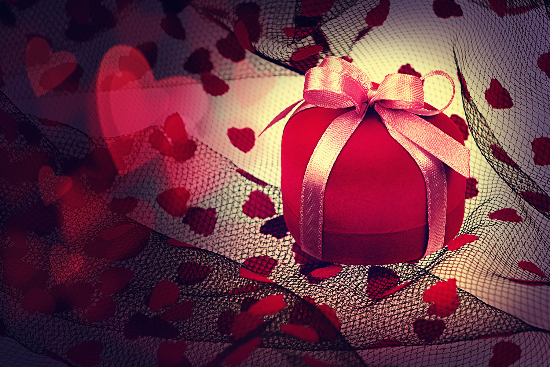 Ribbon wrapped heart-shaped gift box 51570