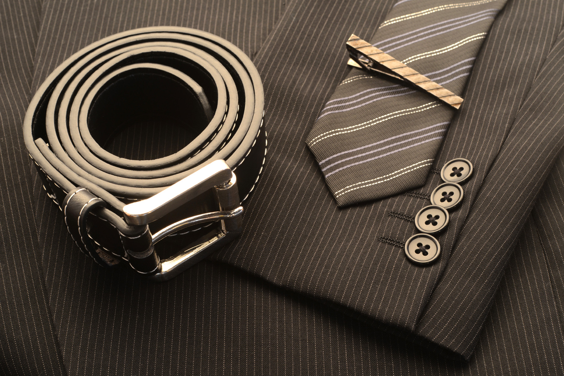 Men's belts and ties a suit 51693