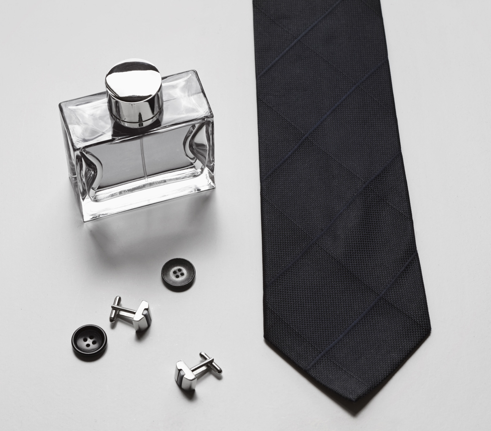 Perfumes and men's ties button 51703