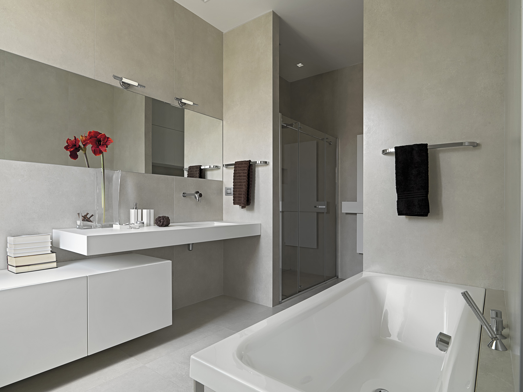 Bathroom bathtub and washbasin 51864