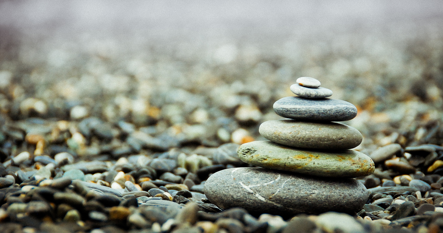 Stacked Pebble 52259
