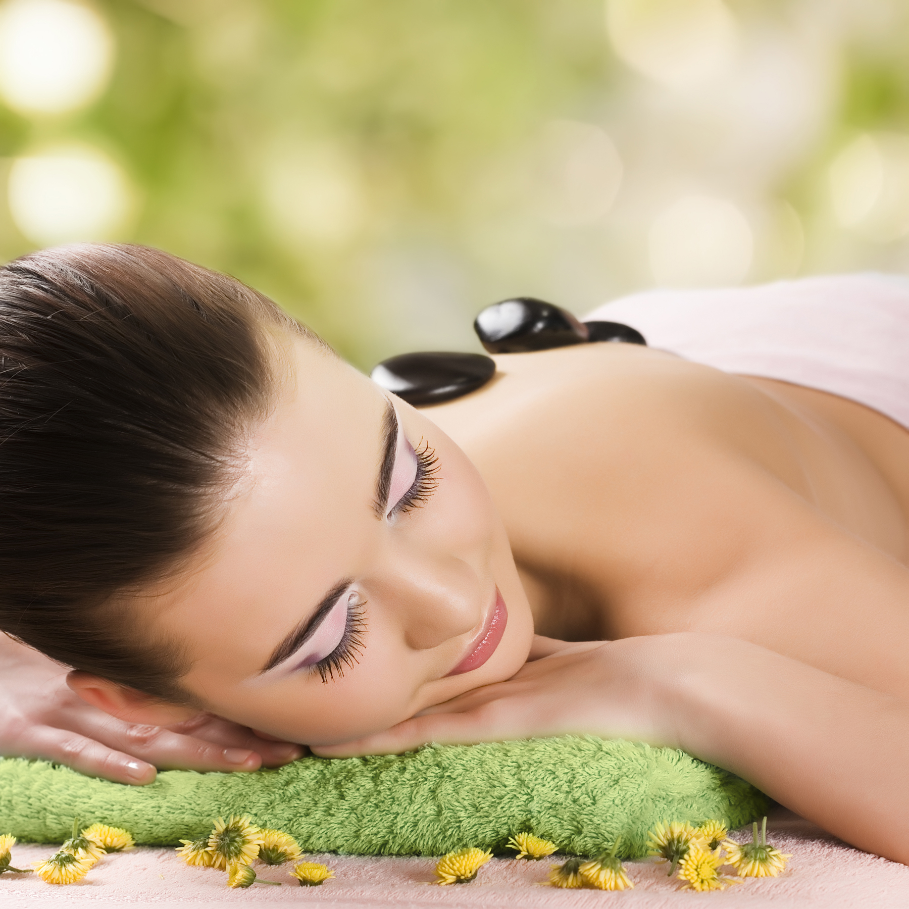 A hot stone therapy massage beauty 52447