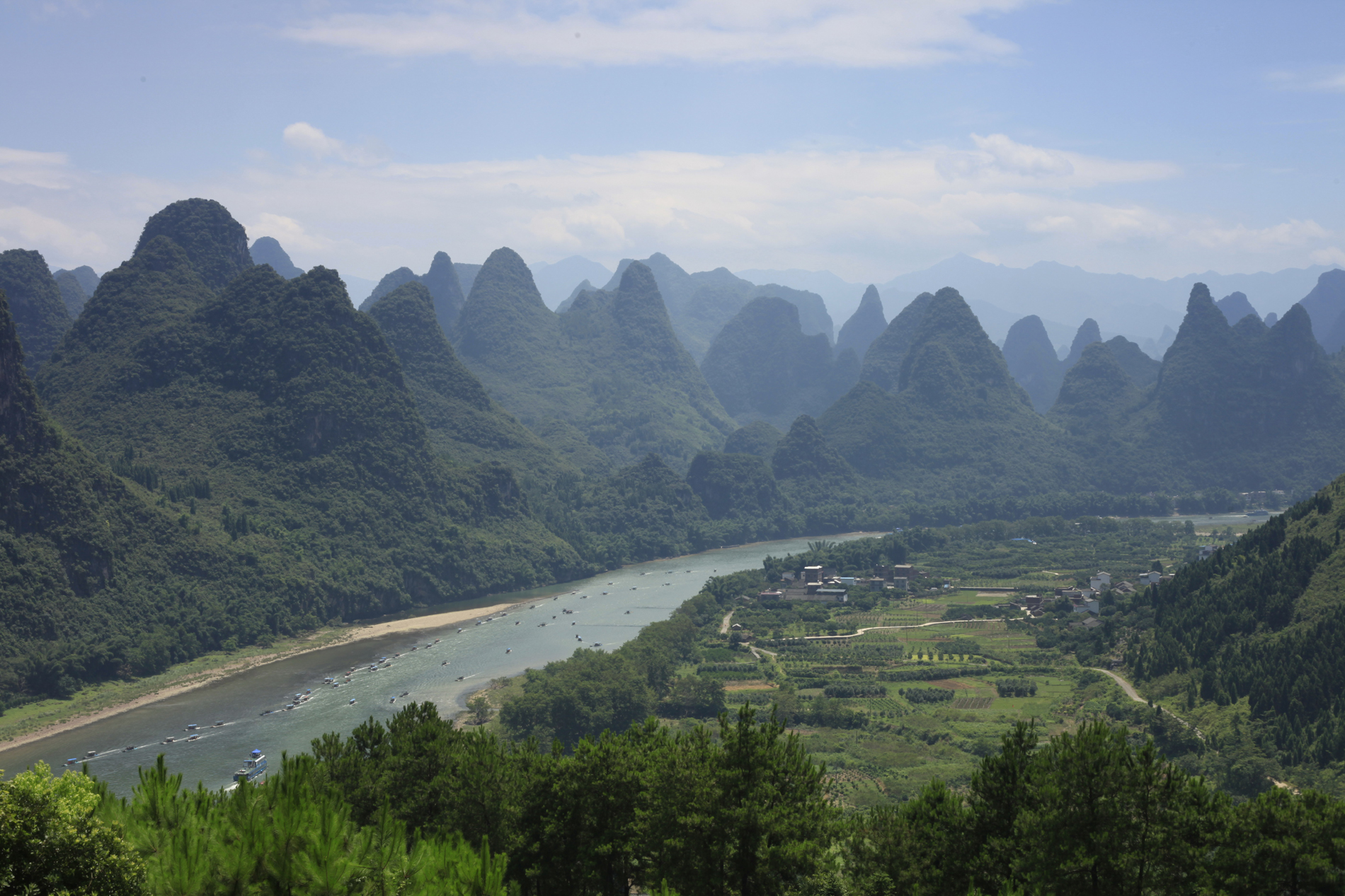 Guilin beautiful scenery 52627