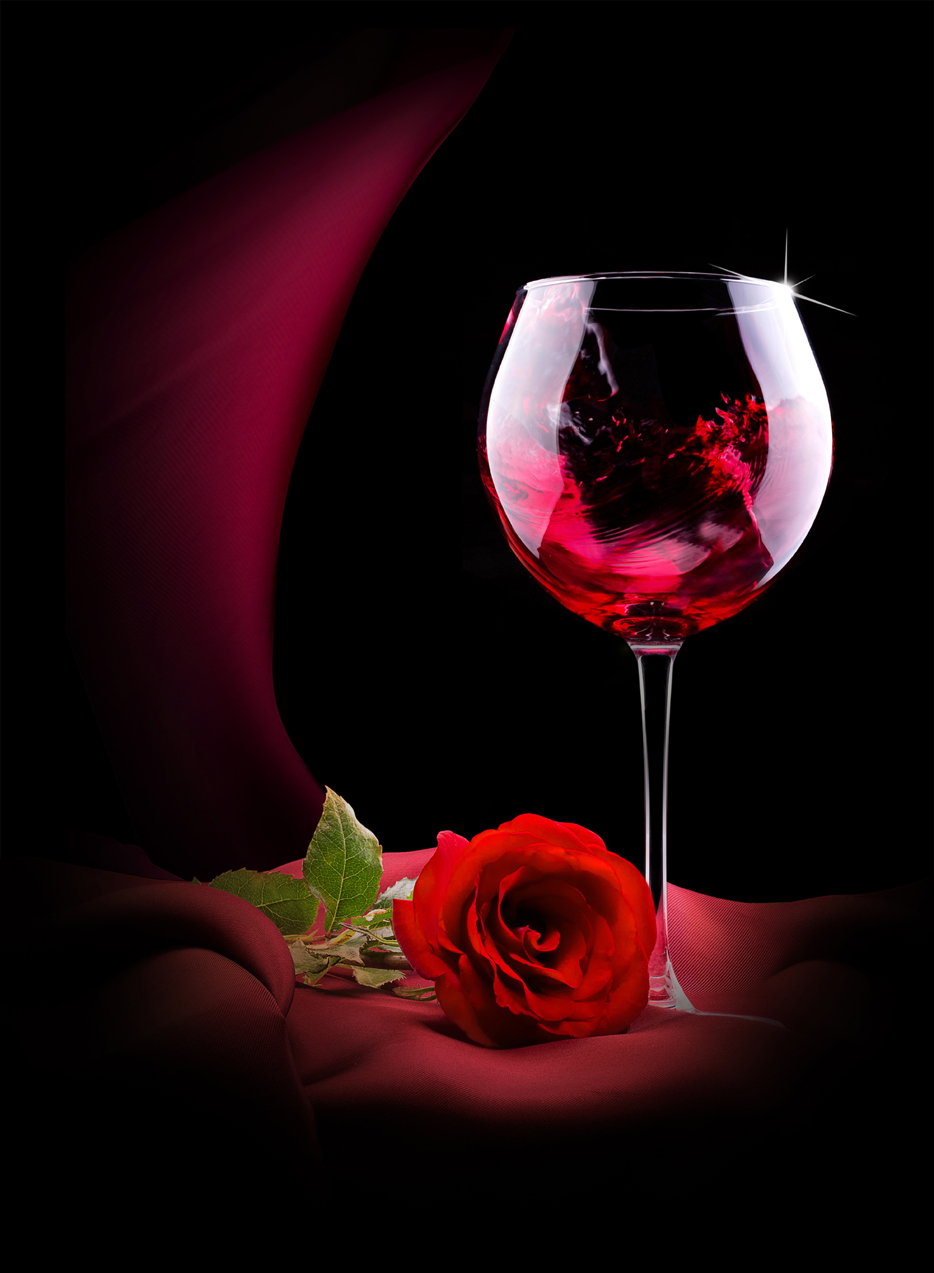Red Roses flowers and goblets 52635