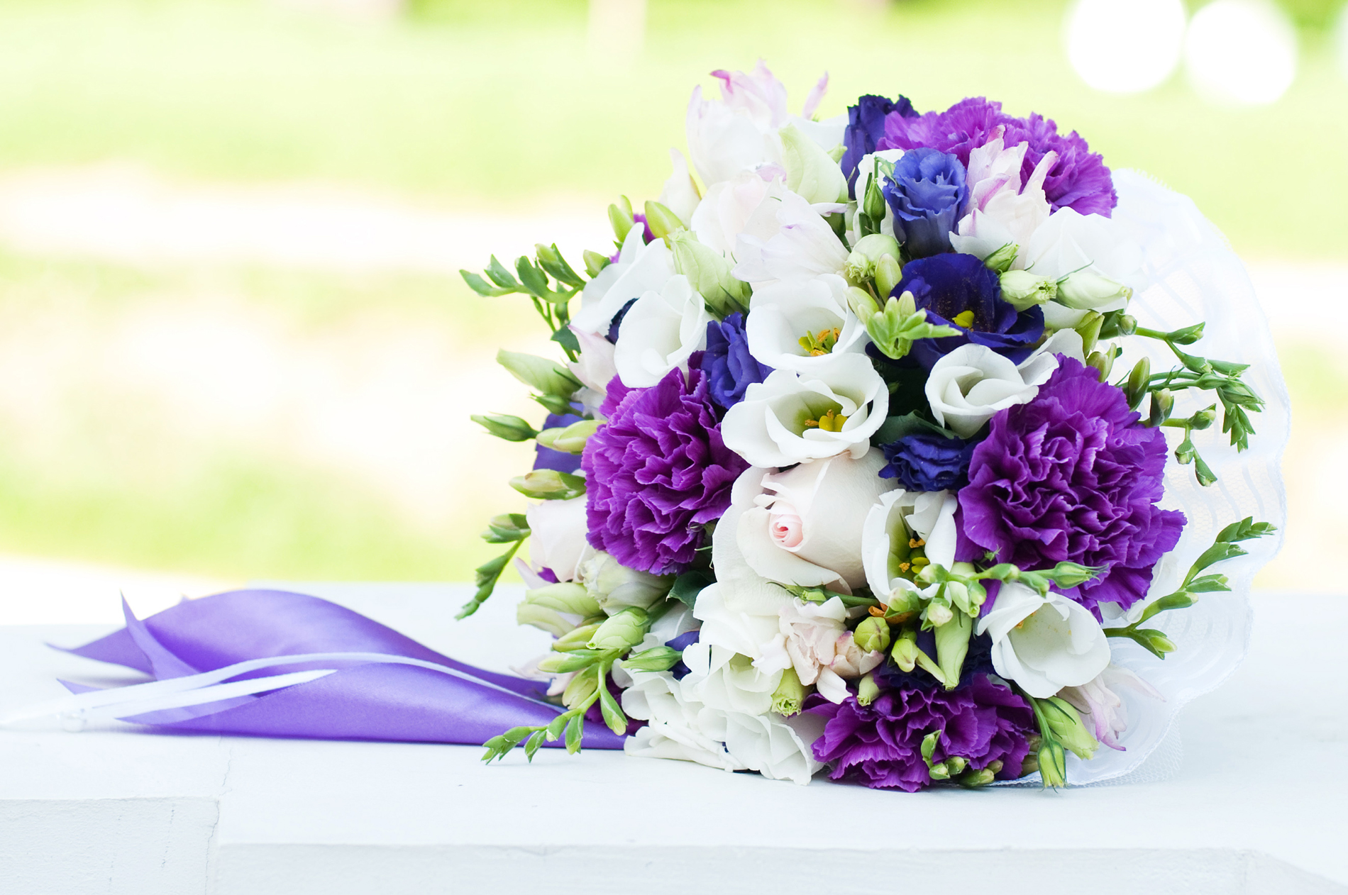 Purple and white bouquet 52650