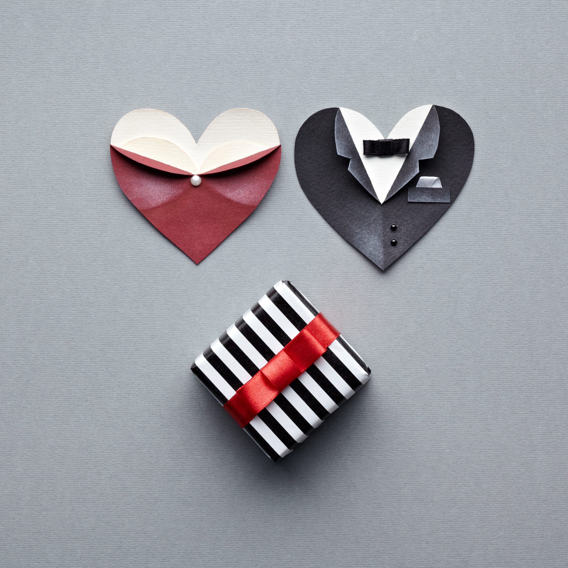 Black and white striped gift box with origami ideas 52721