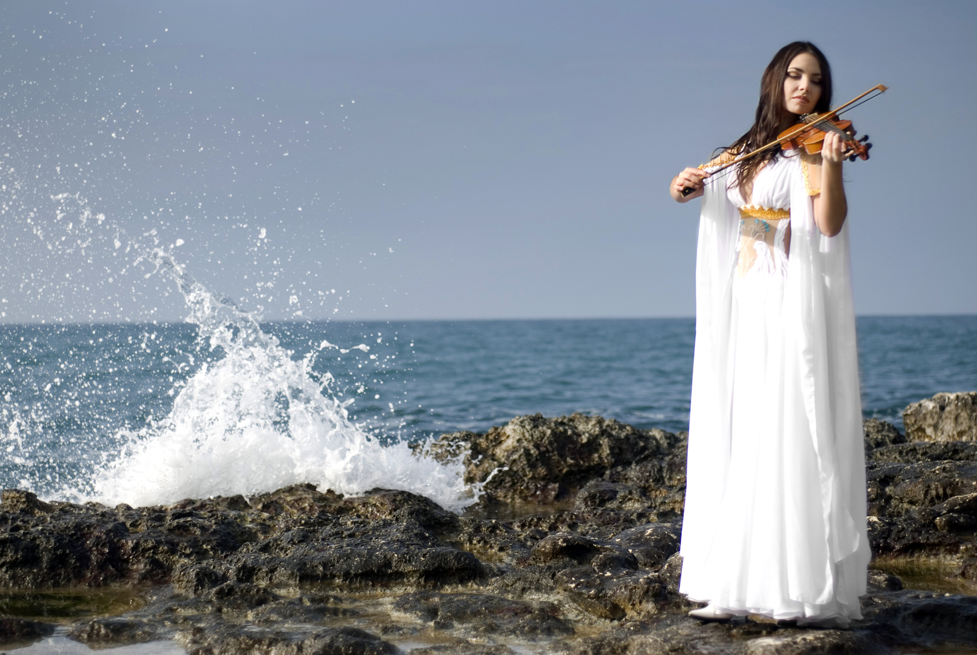 Violin white dress on the beach beauties 52777
