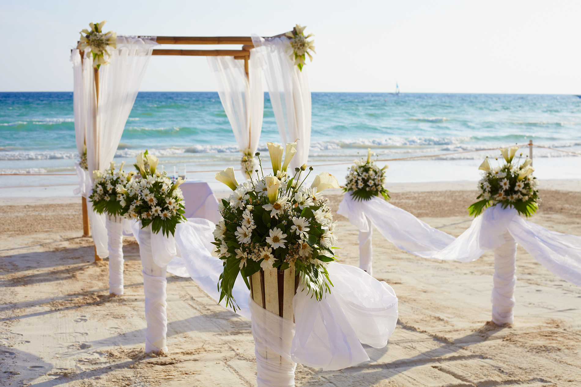 Beach wedding atmosphere layout 52828