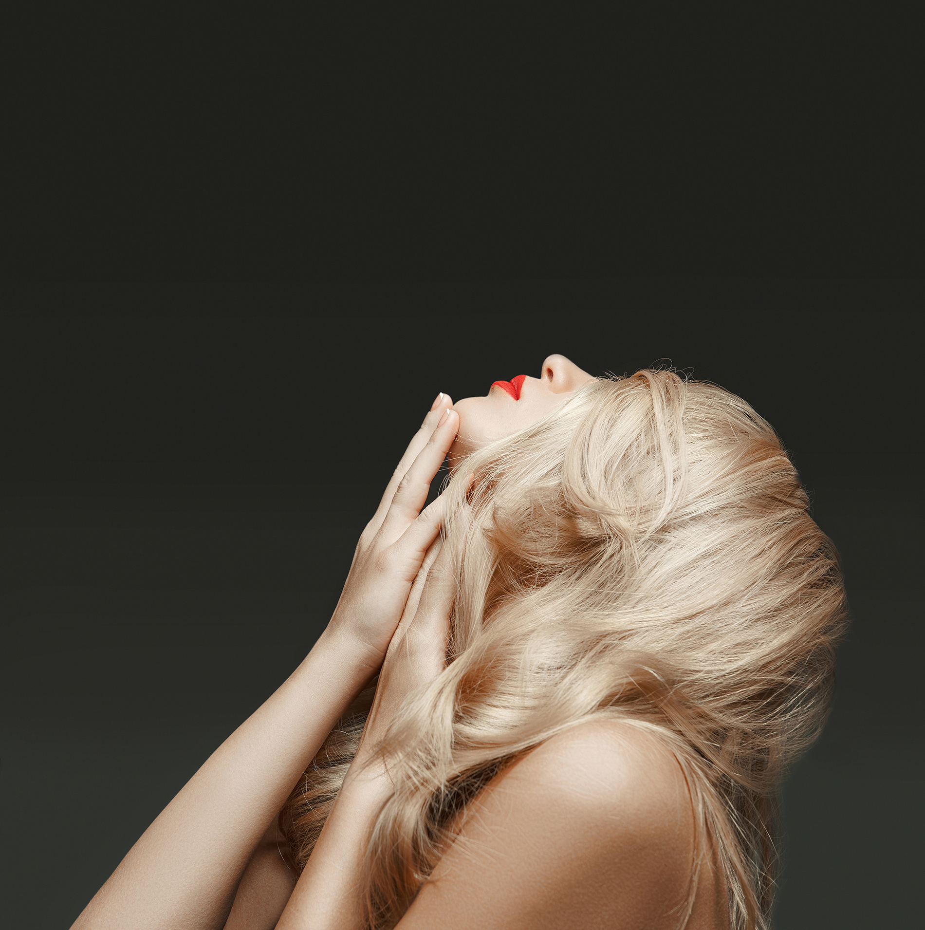 Head back blond hair, red lips beauty 52976
