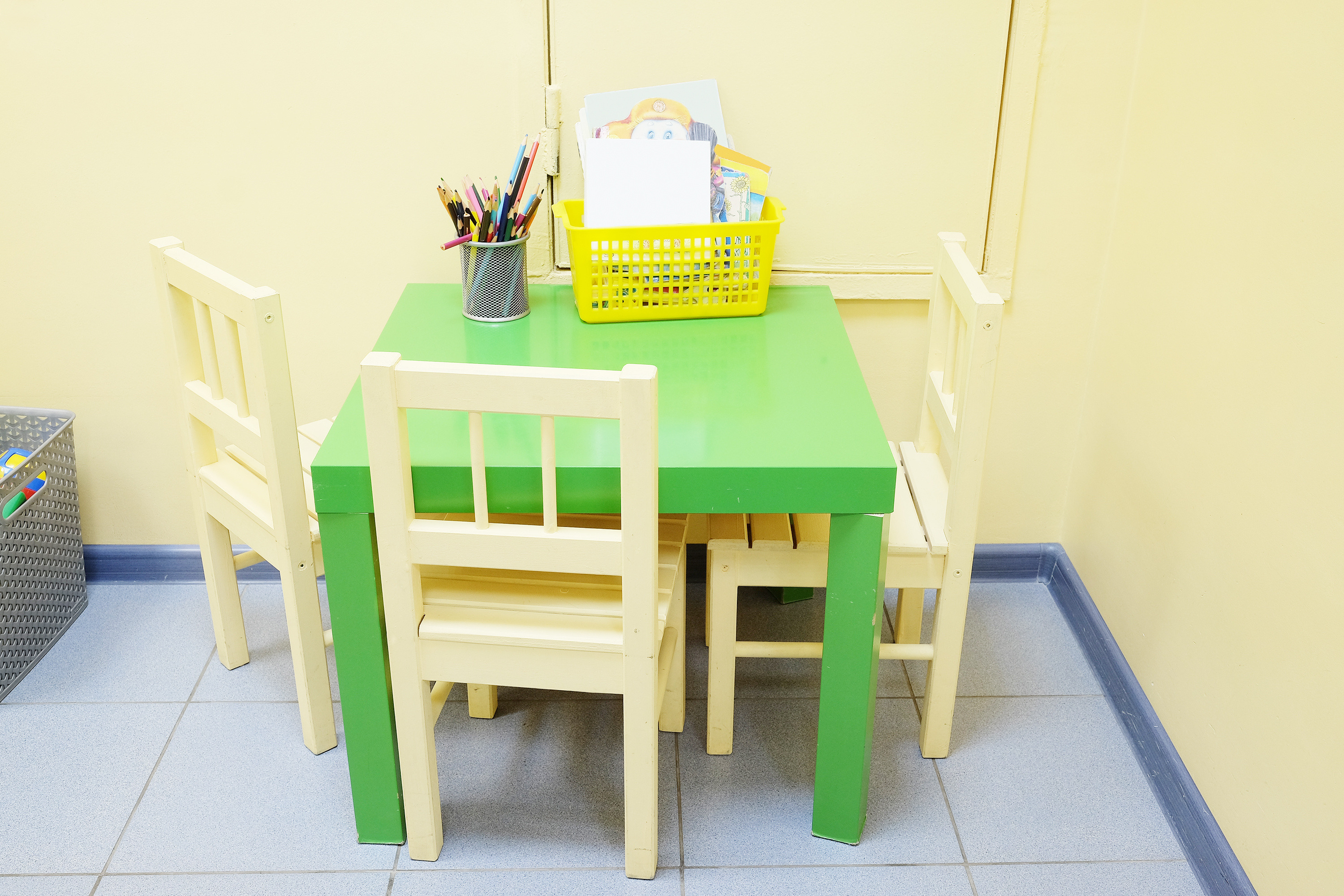 In the corner of the table and chairs furniture 53220