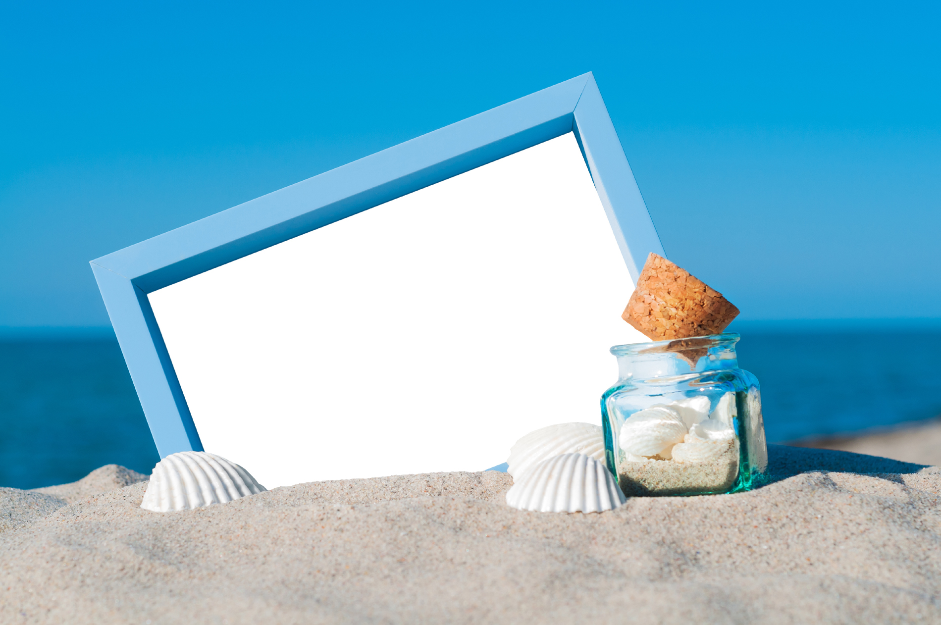 Picture frames with the bottle on the beach 53352