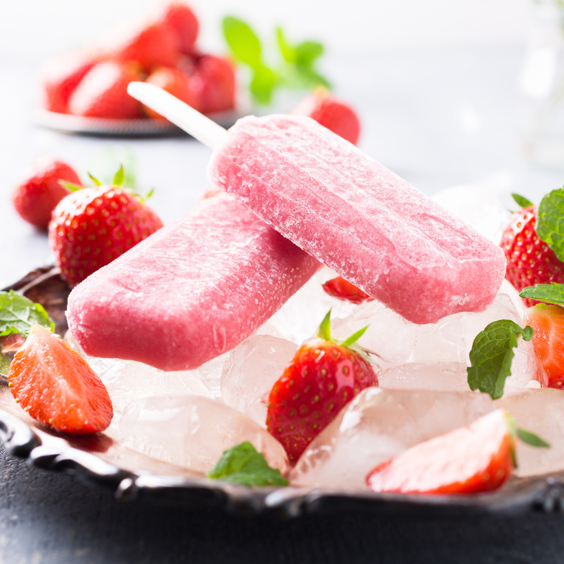 Strawberry popsicle ice 53399
