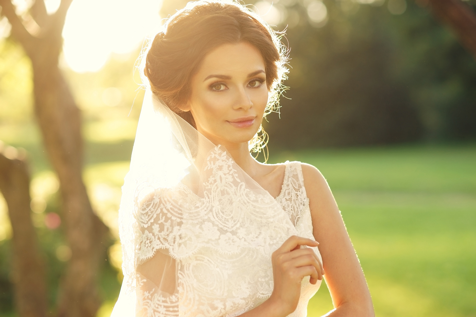 Bride in white beautiful surface relief 53464