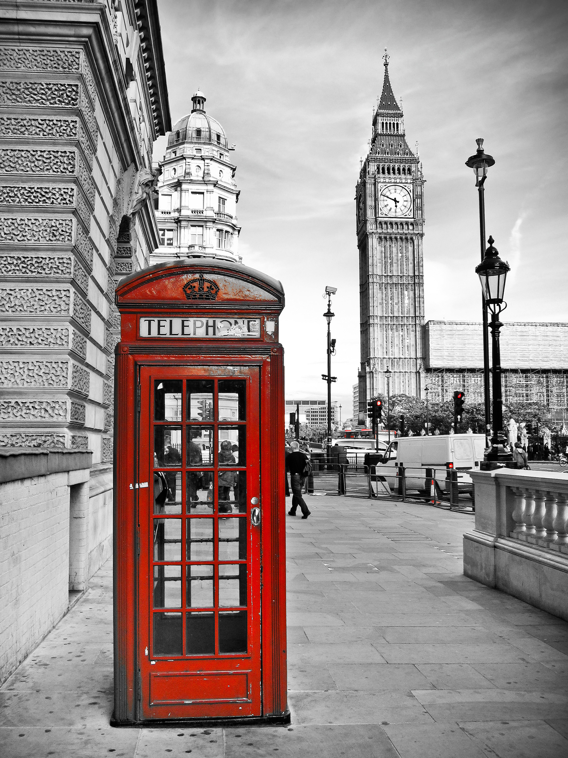Red Phone boxes and black and white effect 53488