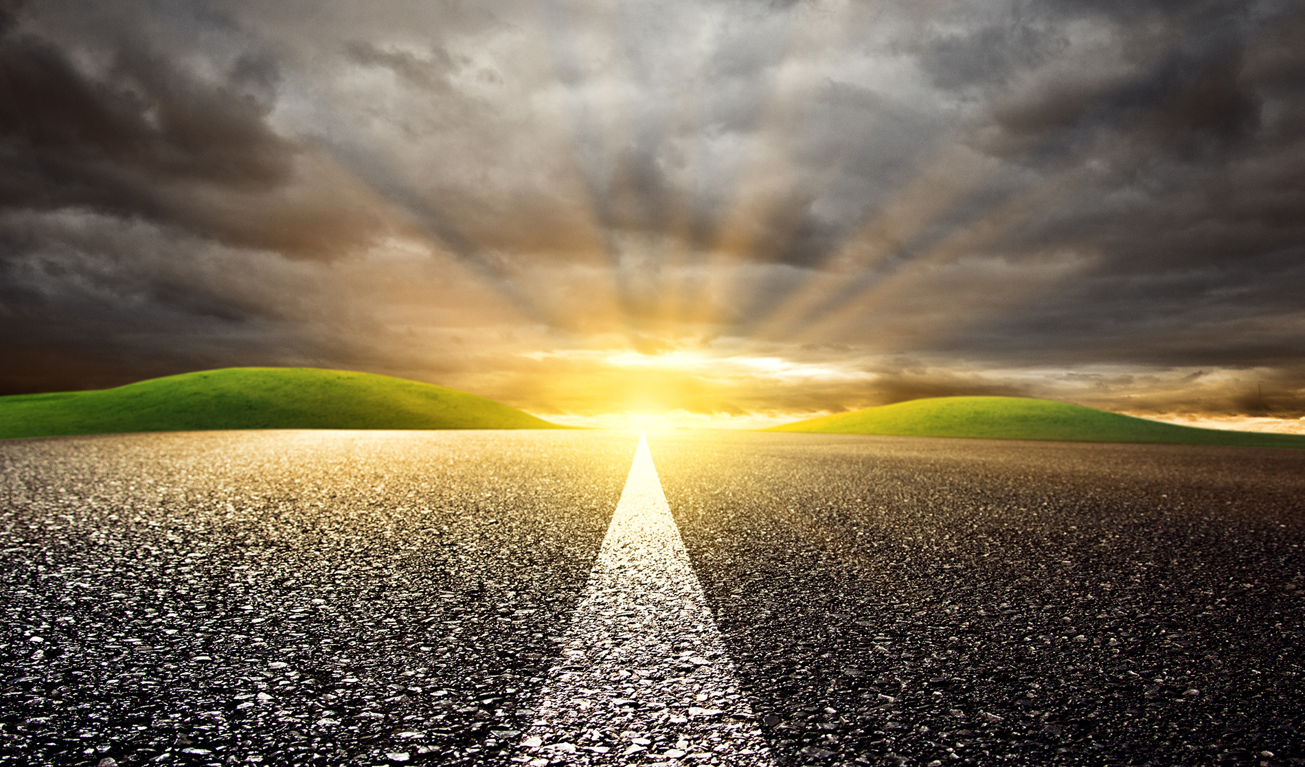 Road marking and the glare of the Sun 53580