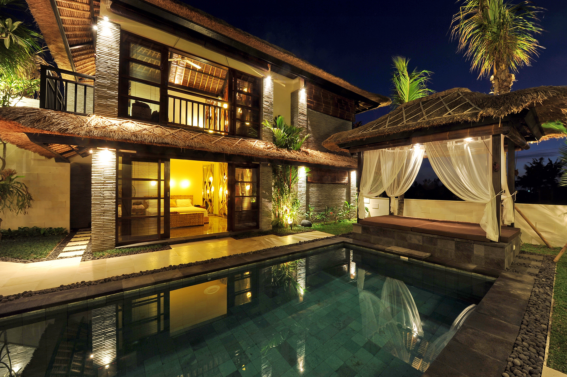Of Southeast Asian style building with swimming pool 53626
