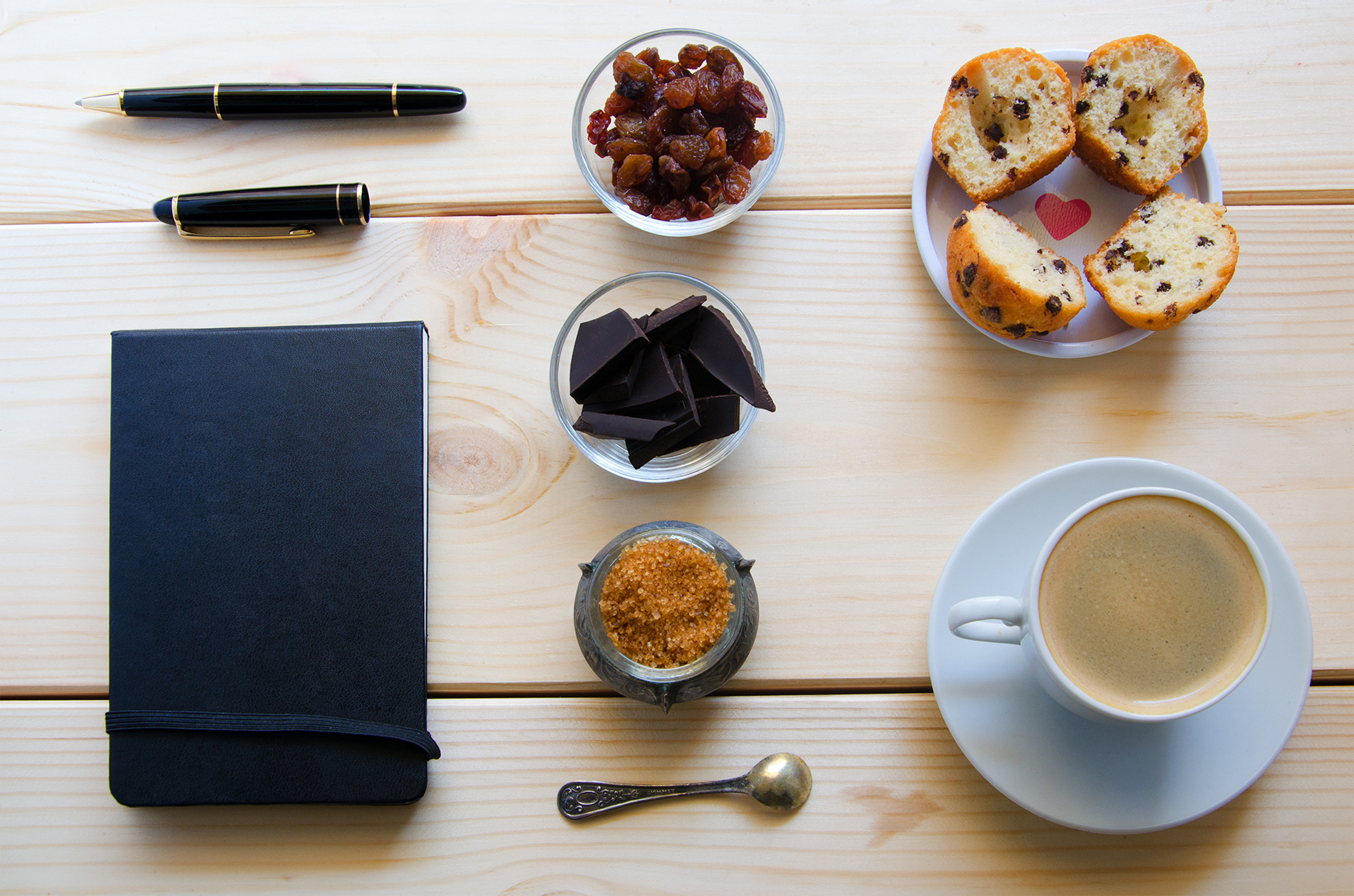 Brown sugar, coffee with the blank Notepad 53735